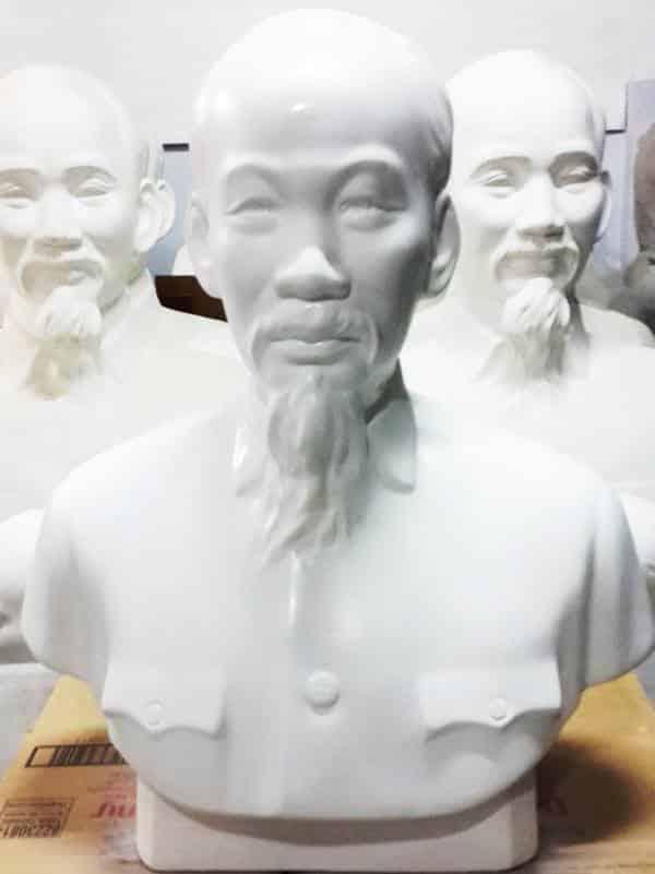 tượng Bác Hồ thạch cao